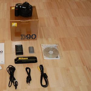 Совершенно новый Nikon D90 / Nikon D700