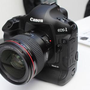 Canon EOS 1D Mark IV на продажу