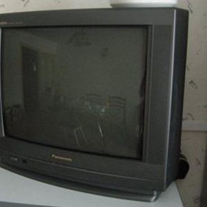 Срочно продам телевизор Panasonic tx-21GF80T