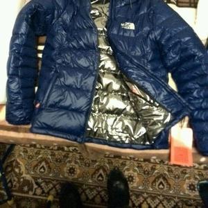 Зимняя куртка THE NORTH FACE OMNI-HEAT новая,  1000000