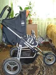 продам прогулочную трехколесную коляску