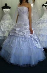 Свадебное платье новое продам